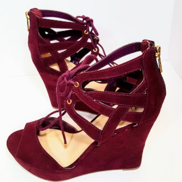 2c7aac89ea3 Guess Shoes - Guess Burgundy Wedge size 9 1 2